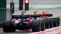 Carlos Sainz v závodě v Číně
