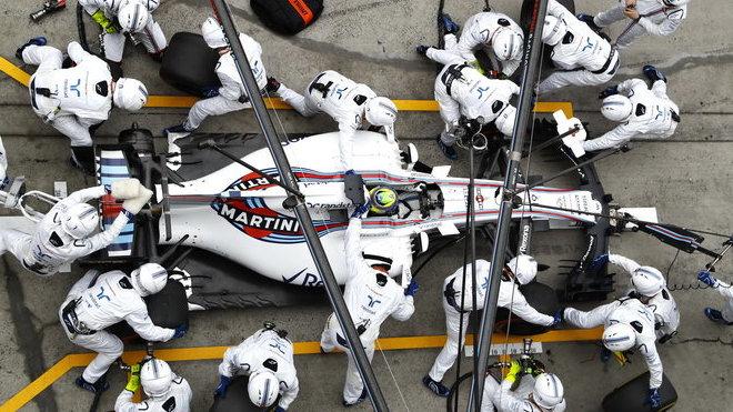 Felipe Massa v boxech přezut opět nejrychleji ze všech