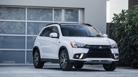 Mitsubishi překvapilo faceliftem malého ASX na autosalonu v New Yorku, moderní prvky konkurence ale postrádá i nadále