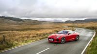 Jaguar F-Type bude nově dostupný také s dvoulitrovým čtyřválcem