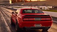 Dodge Challenger SRT Demon je skutečným dragsterem i autem pro běžné použití