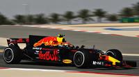 Max Verstappen při tréninku v Bahrajnu