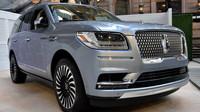 Lincoln předvádí sen všech americkým raperů. Obrovské SUV Navigator