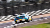 Vůz Aston Martin Vantage V8 GTE posádky Darren Turner, Jonathan Adam, Daniel Serra