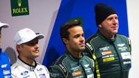 Vítězové kvalifikace LMGTE Am v Silverstone, dvojice Pedro Lamy (vlevo) a Paul Dalla Lana