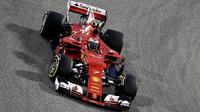 Kimi Räikkönen při tréninku v Bahrajnu