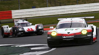 Porsche 911RSR posádky Kevin Estre, Michael Christensen