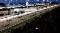 Start loňského závodu v Bahrajnu