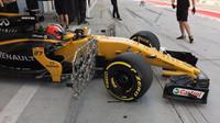 Nico Hülkenberg vyráží z boxů k testování aerodynamiky