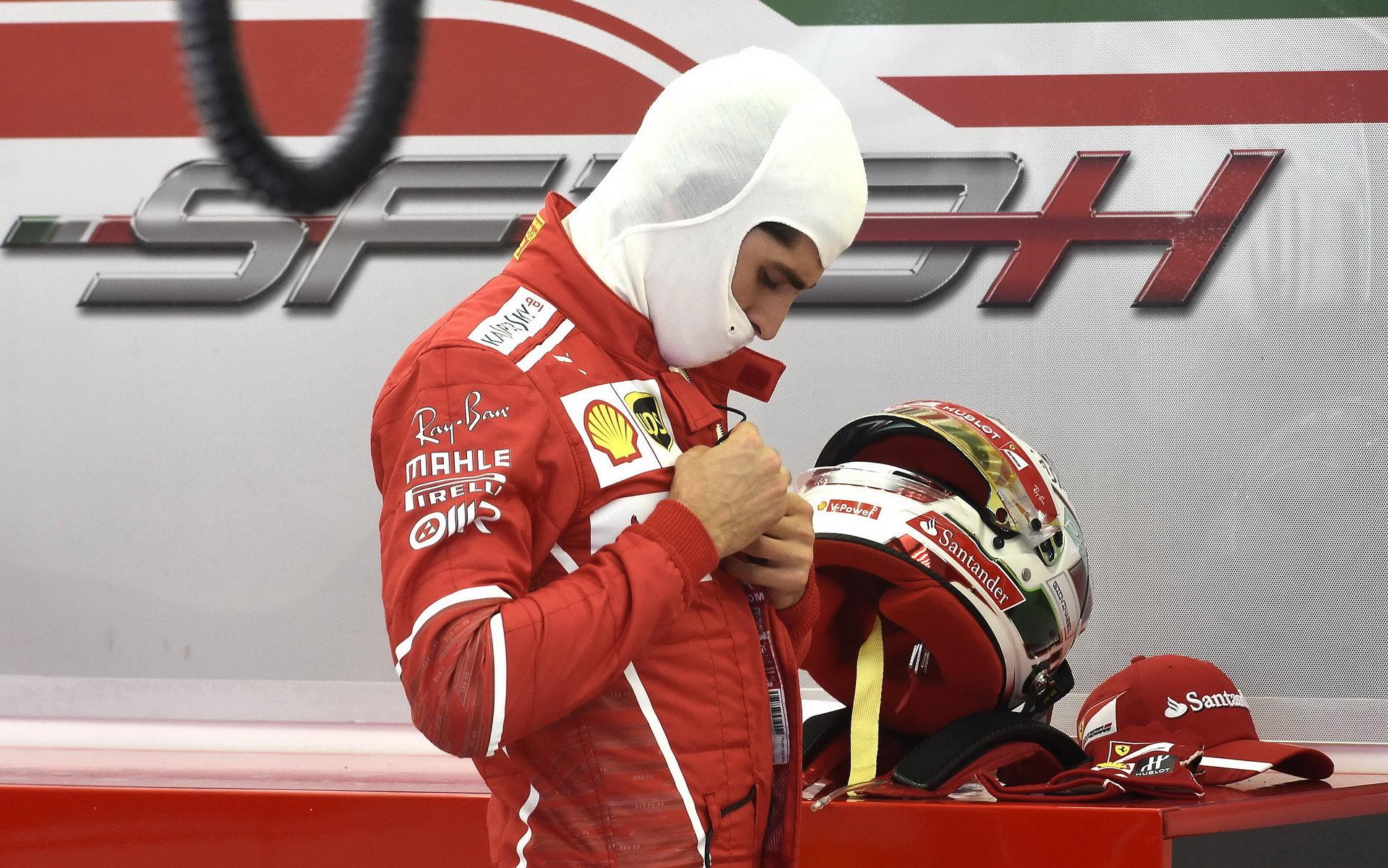 Antonio Giovinazzi vyměnil Sauber za Ferrari