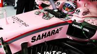 Sergio Pérez během testů v Bahrajnu