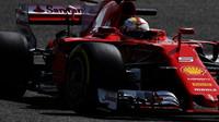 Sebastian Vettel při sezónních testech v Bahrajnu