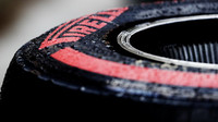 Pneumatika Pirelli při sezónních testech v Bahrajnu