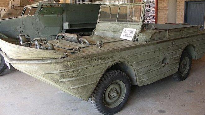 """Ford GPA, často zvaný """"Seep"""", vycházel z klasických armádních vozů Jeep Willys. (foto: NJR ZA)"""