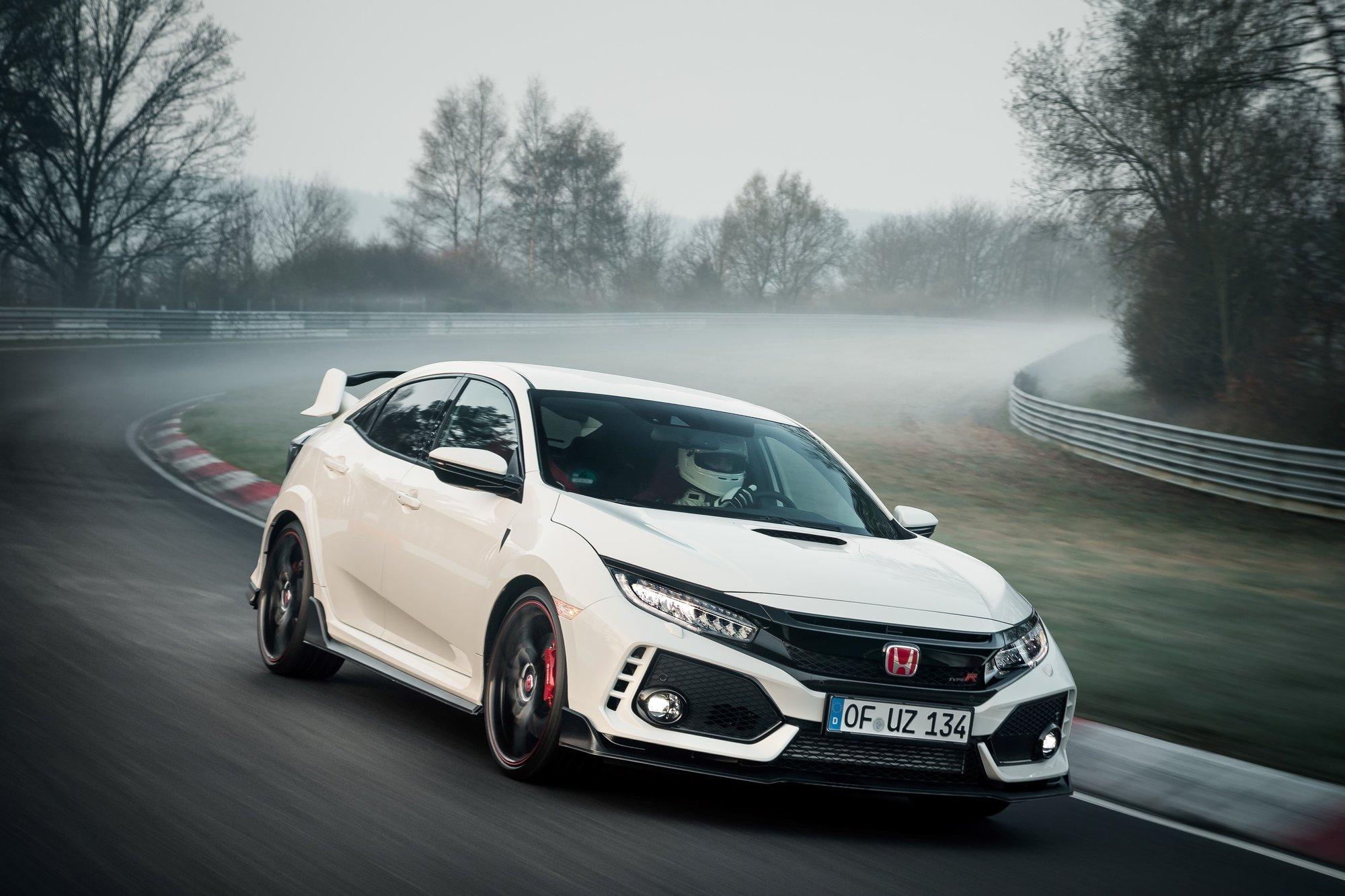 Fotografie č. 19 u článku Honda Civic Type R sbírá další vavříny 72ec11fd42
