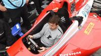 FOTO: Alonso poprvé v kokpitu vozu IndyCar - anotační foto