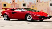 1987 Lamborghini Countach 5000 QV vypadá stále jako nové
