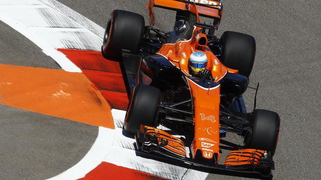 Fernando Alonso s McLarenem MCL32