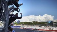 Valtteri Bottas vítězství svůj první závod v Soči