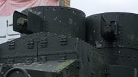Obrněný vůz Austin - detail na pancéřovanou věž s kulomety Maxim (foto: Uwe Brodrecht)