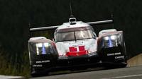 Prototyp Porsche 919 Hybrid s posádkou Neel Jani, André Lotterer, Nick Tandy