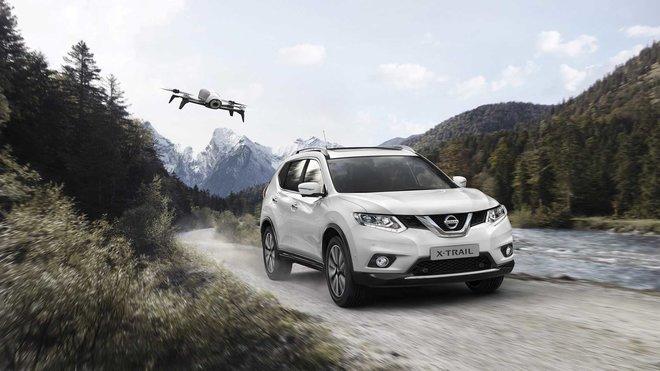 K Nissanu X-Trail dostanete i Dron