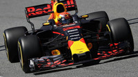 Max Verstappen v prvním tréninku nejrychlejší