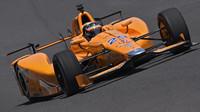 Fernando Alonso během tréninků na Indy 500