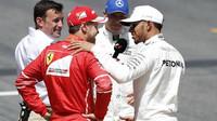Sebastian Vettel, Lewis Hamilton, Valtteri Bottas po kvalifikaci v Barceloně