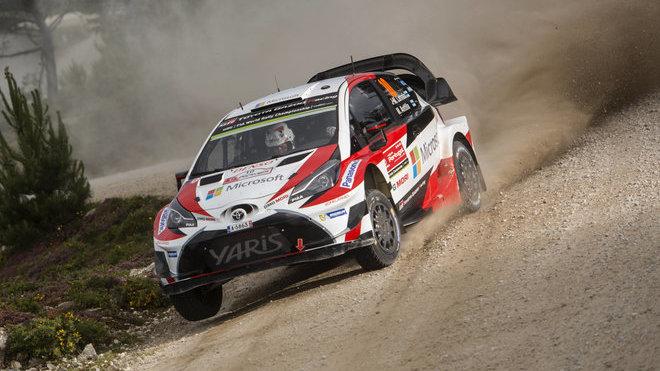 Posádka Latvala-Anttila na trati Portugalské rally