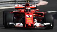 Räikkönen v Monaku ukončil devítileté čekání na pole position, Hamilton až 14. - anotační obrázek