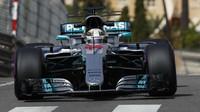 Prohlášení po kvalifikaci na GP Monaka: Räikkönen nemá čas si všímat fanoušků - anotační foto