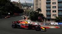 Motorový deficit Red Bullu bude v Monaku poloviční, Mercedes bude dle Hamiltona až třetí - anotační foto