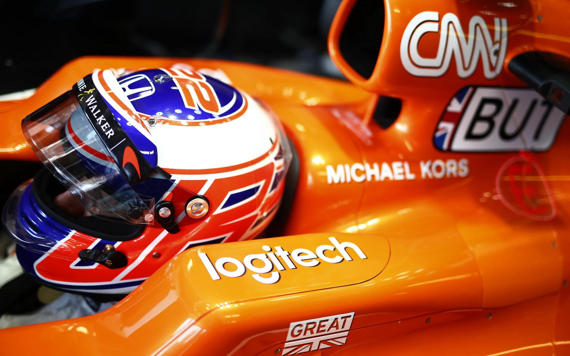 Jenson Button v kvalifikaci v Monaku