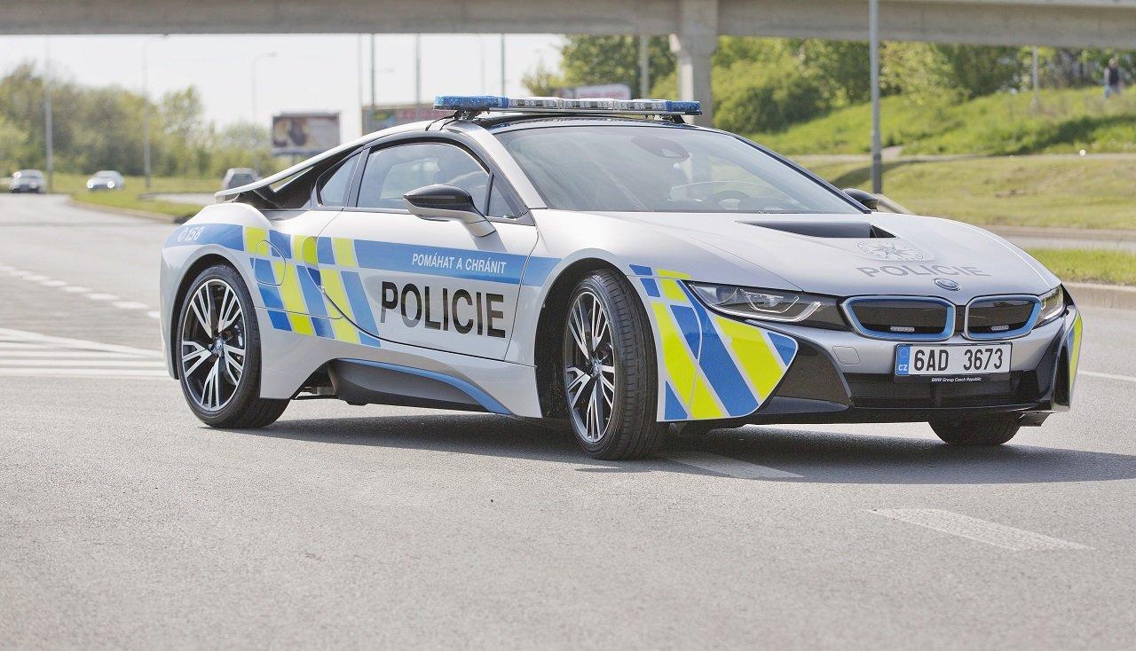 Velikonoce na silnicích: Policisté chystají řadu dopravně bezpečnostních akcí - anotační obrázek