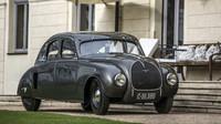 Historické vozy Škoda se představí na zámku Loučeň