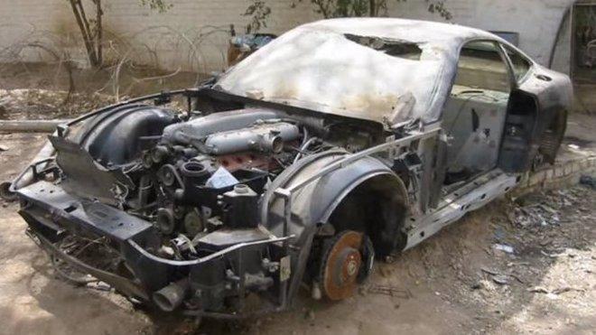 Uday Hussein měl obrovskou sbírku luxusních automobilů. Za zabití několika lidí mu jí ale otec Saddam spálil