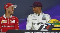 Sebastian Vettel a Lewis Hamilton na tiskovce po kvalifikaci v Kanadě