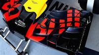 Přední křídlo vozu Red Bull RB13 - Renault v kvalifikaci Kanadě