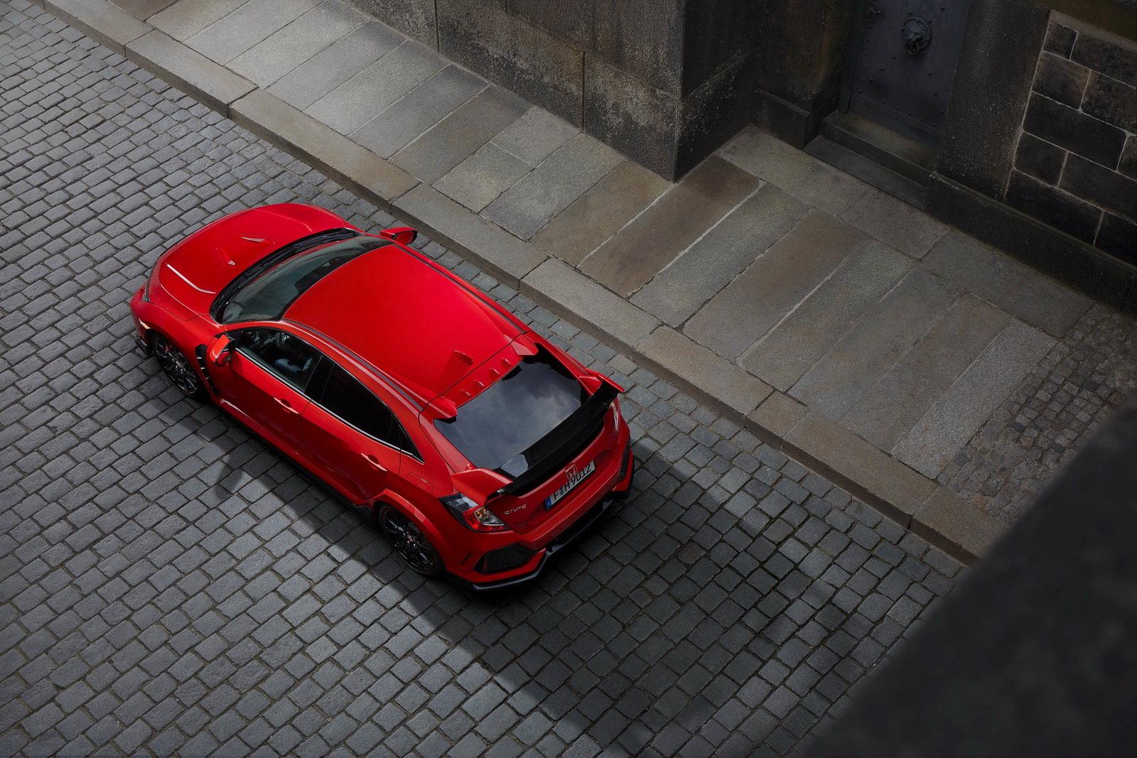 Fotografie č. 8 u článku Honda Civic Type R sbírá další vavříny 822c338d5c