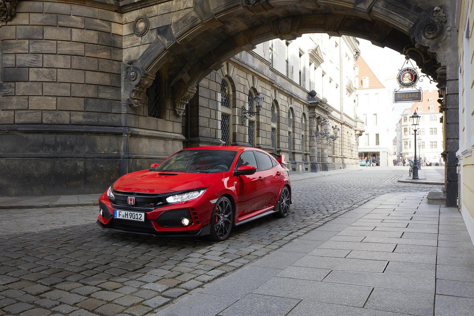 Fotografie č. 11 u článku Honda Civic Type R sbírá další vavříny cbc167d341