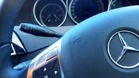 Ovládání tempomatu ve voze Mercedes-Benz