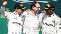 Tým Mercedes utržil double v závodě v Kanadě