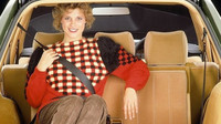 Neskutečně praktický zavazadlový prostor vozu Mercedes-Benz S124