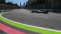 Lewis Hamilton v kvalifikaci v Baku