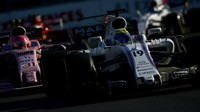 Felipe Massa v závodě v Baku