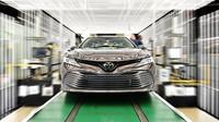 Toyota zahájila výrobu nové Camry. Vsadila na podvozkovou platformu TNGA, obdobu MQB od Volkswagenu