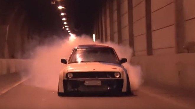 """BMW e30 """"The Smoke Machine"""""""