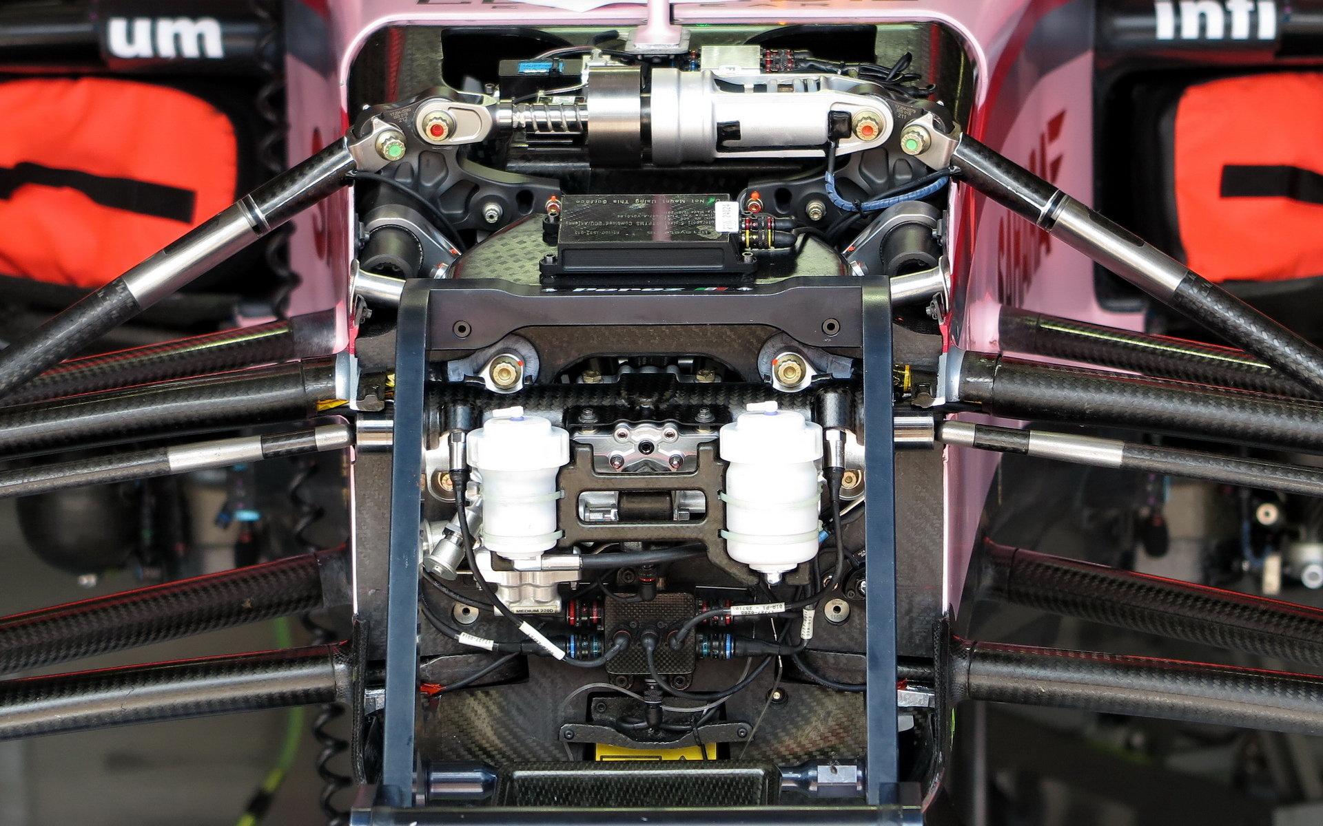 Oborníci se zaměří i na zavěšení vozu, které přispívá k rozdílům ve výkonnosti