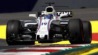 Felipe Massa při pátečním tréninku v Rakousku